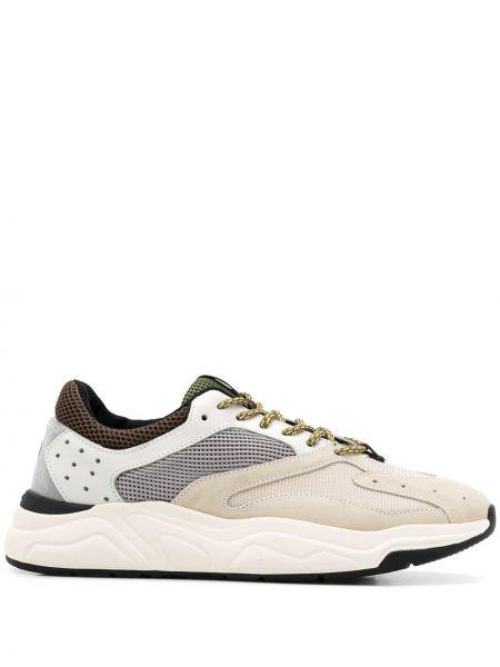 Кроссовки с перфорацией - белые Brimarts