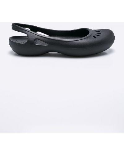 Черные балетки Crocs