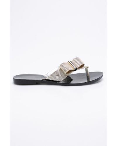 Черные сандалии Melissa