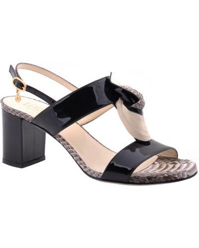 Черные босоножки на каблуке Loriblu