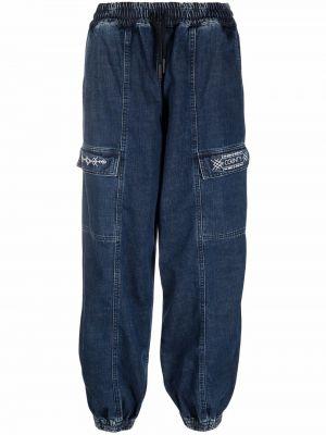 Mom jeans z haftem - białe Marcelo Burlon County Of Milan