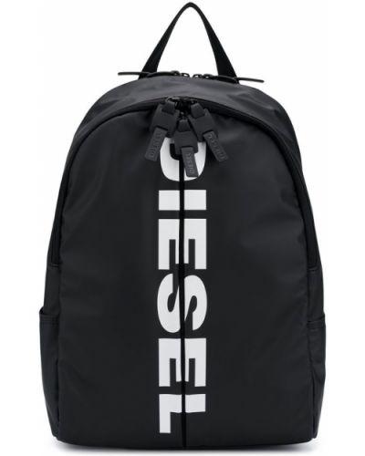 Рюкзак черный на молнии Diesel