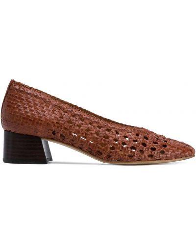 Кожаные коричневые туфли-лодочки с подкладкой на каблуке Miista