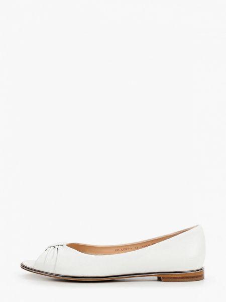 Открытые белые кожаные туфли из натуральной кожи Pazolini