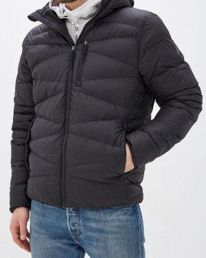 Черная куртка Reebok