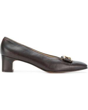 Кожаные туфли с квадратным носком с пряжкой на каблуке Salvatore Ferragamo Pre-owned