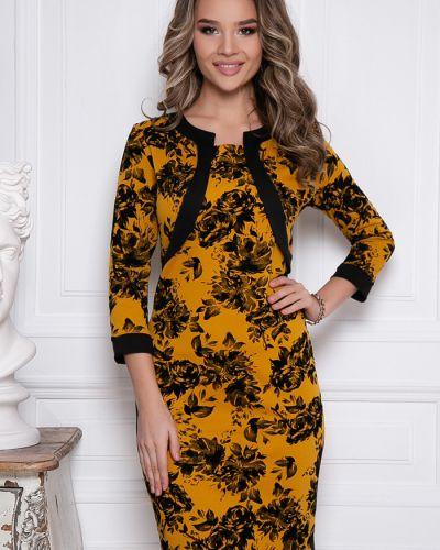 С рукавами трикотажное платье с вырезом Bellovera