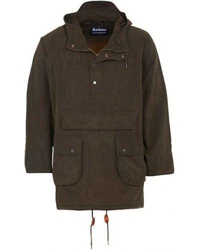 Зеленая ватная длинная куртка с капюшоном Barbour