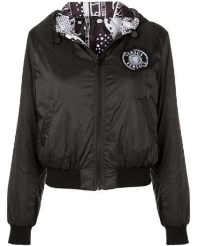 Черная куртка Versus