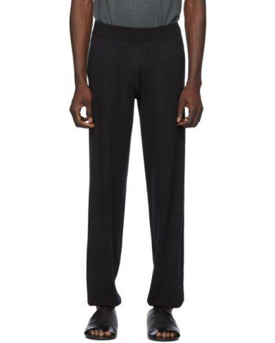 Черные прямые брюки с манжетами с карманами новогодние Frenckenberger