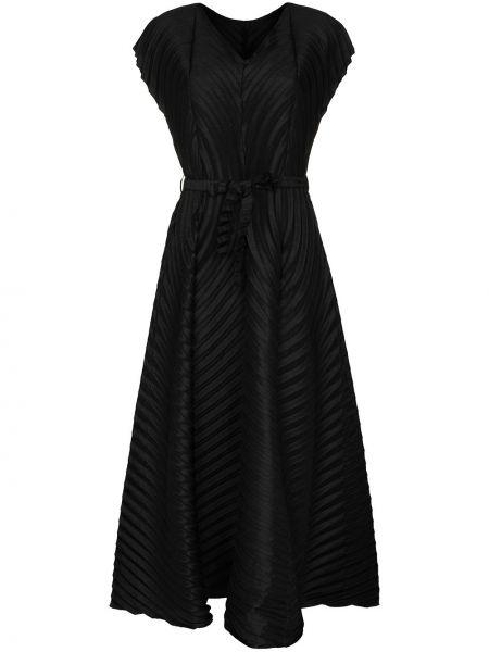 Шерстяное черное плиссированное платье миди с V-образным вырезом Issey Miyake