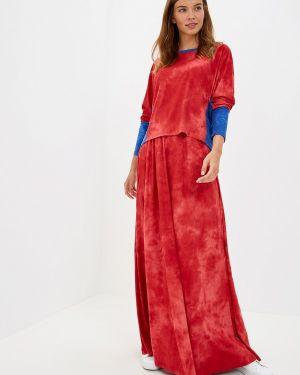 Юбочный костюм красный Sahera Rahmani