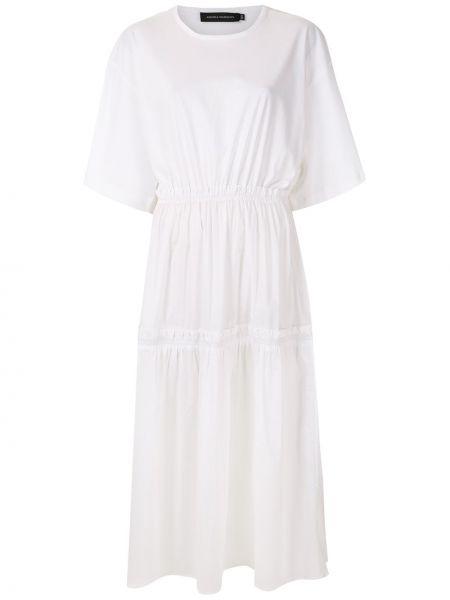 Свободное с рукавами белое платье мини Andrea Marques