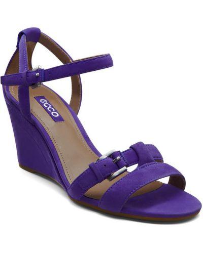 Босоножки на каблуке фиолетовый высокие Ecco