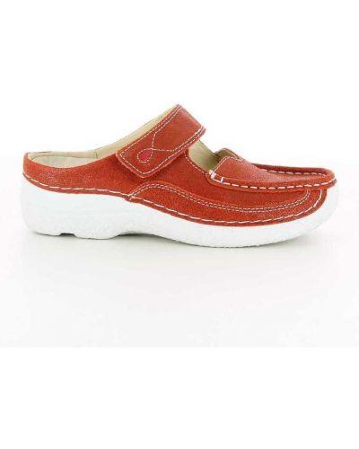 Czerwone sandały Wolky