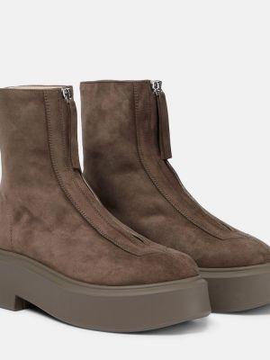Коричневые резиновые ботинки The Row