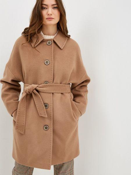 Бежевое пальто с капюшоном Gamelia
