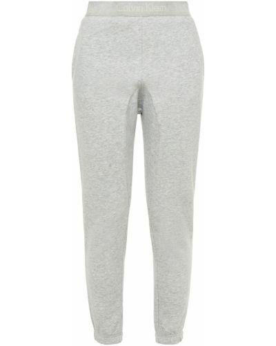 Хлопковые серые брюки с карманами Calvin Klein