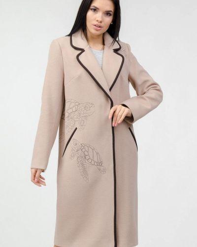 Бежевое пальто Raslov