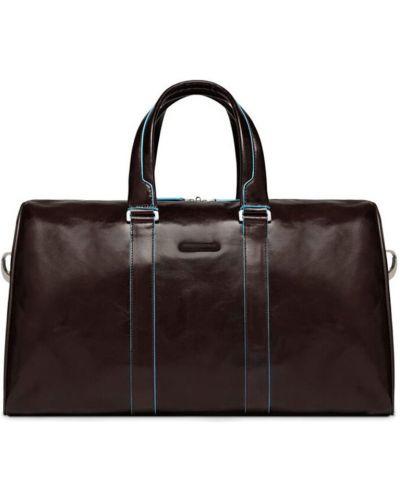 Brązowa walizka Piquadro