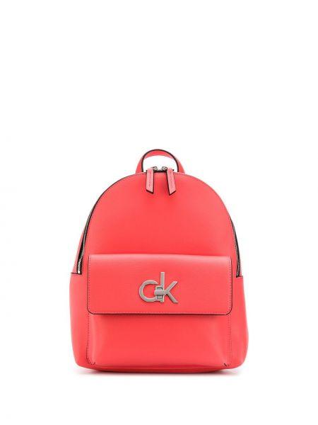 Розовая сумка на плечо Calvin Klein
