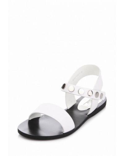 Белые сандалии Ditto