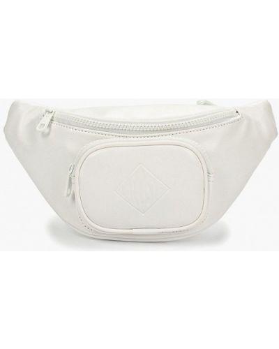 Поясная сумка белая Lacoste