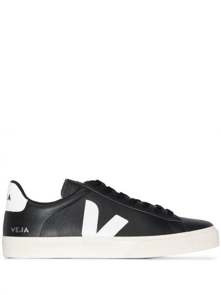 Кожаные черные кроссовки на каблуке на шнуровке Veja