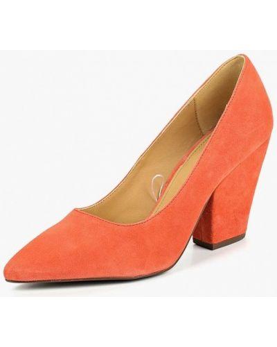 Туфли на каблуке замшевые осенние United Colors Of Benetton