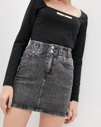 Серая джинсовая юбка Calvin Klein Jeans