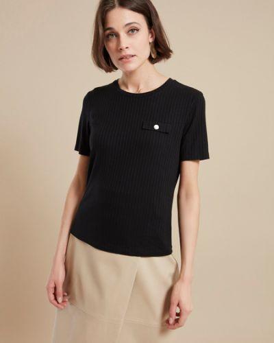 Черная футболка из вискозы в рубчик Zarina