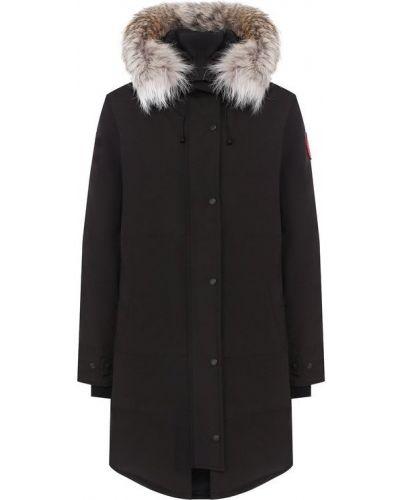 Стеганая куртка с капюшоном с мехом Canada Goose