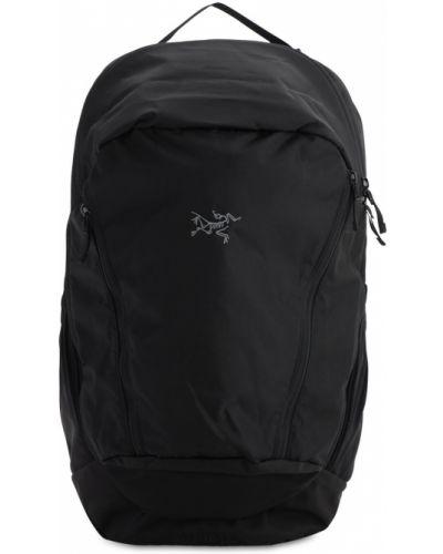 Czarny plecak na laptopa z siateczką z paskiem Arcteryx