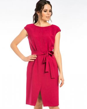 Платье с поясом розовое с декольте Modellos