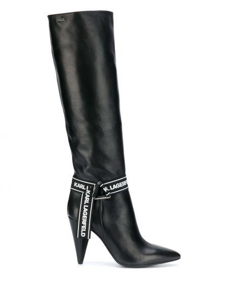 Czarne kozaki na obcasie skorzane z printem Karl Lagerfeld