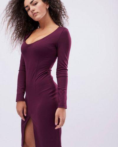 Платье весеннее красный Carica&x-woyz