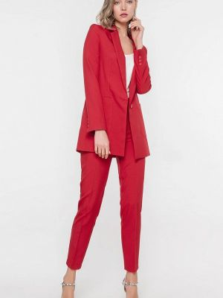 Брючный костюм красный Лимонти