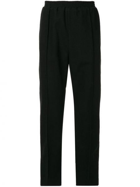 Черные прямые брюки с поясом на пуговицах новогодние Strateas Carlucci