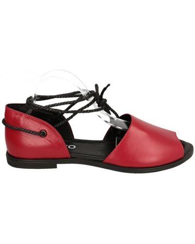 Кожаные сандалии - красные Benito