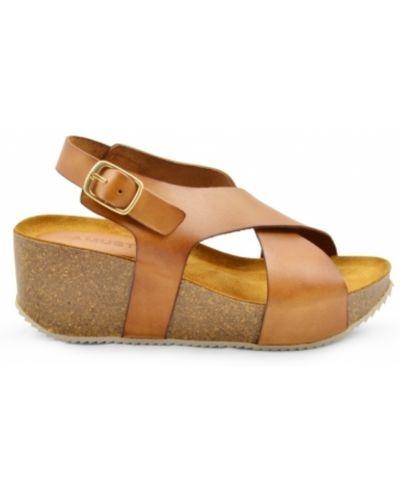 Sandały skorzane na koturnie Amust