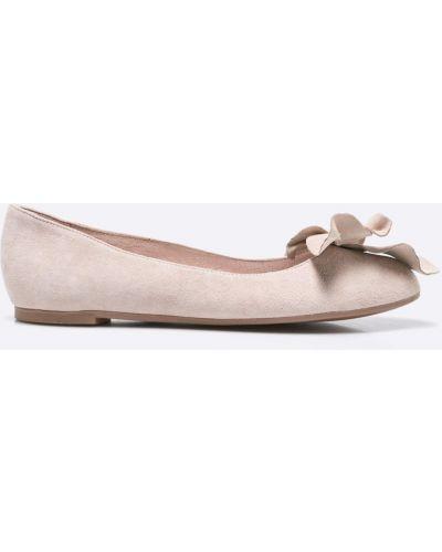 Бежевые балетки кожаные Gino Rossi