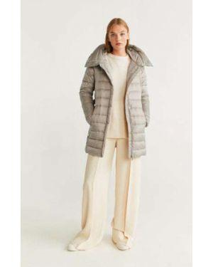 Пальто с капюшоном серое на кнопках Mango