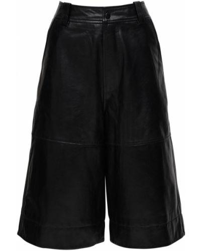 Кожаные шорты с карманами Ganni