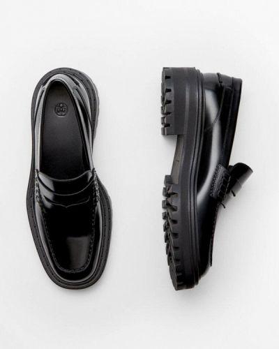 Черные кожаные лоферы Massimo Dutti