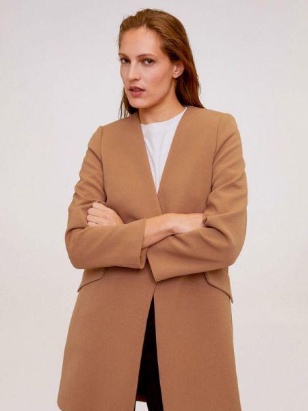 Коричневое пальто с капюшоном Mango