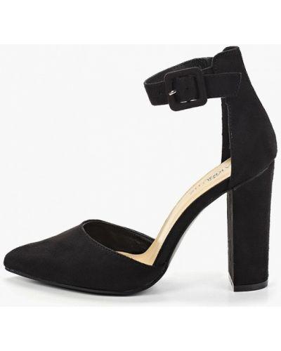 Туфли на каблуке с застежкой на лодыжке замшевые Marquiiz