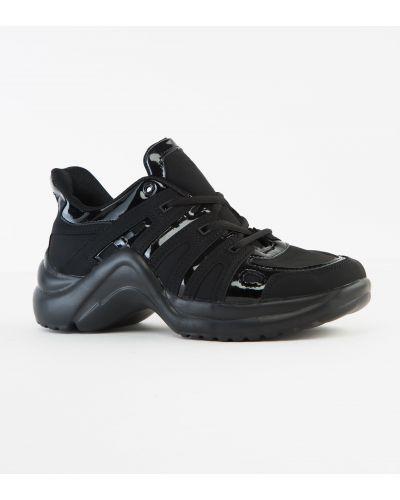 Кроссовки черные Kmb