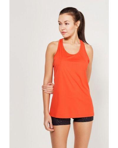 Оранжевая спортивная майка Nike