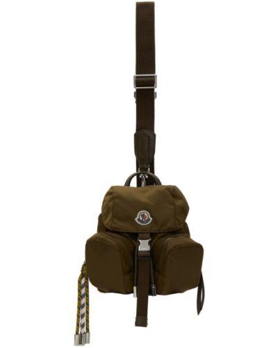 Зеленый кожаный рюкзак с вышивкой Moncler