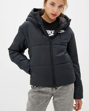 Зимняя куртка утепленная черная Nike